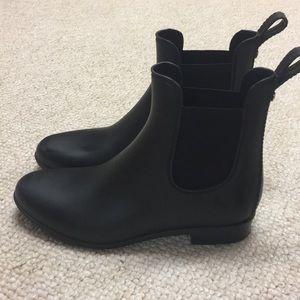 Banana Republic Navy Chelsea Rain Boots - 7